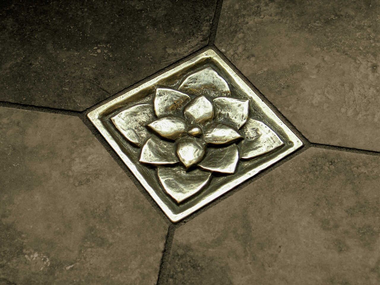 Lotus 3x3 inch in Traditional Bronze with dark gray limestone